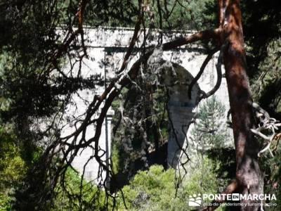 Las Pesquerías Reales - Senderismo Segovia (Ruta de las Pesquerías Reales); baston senderismo